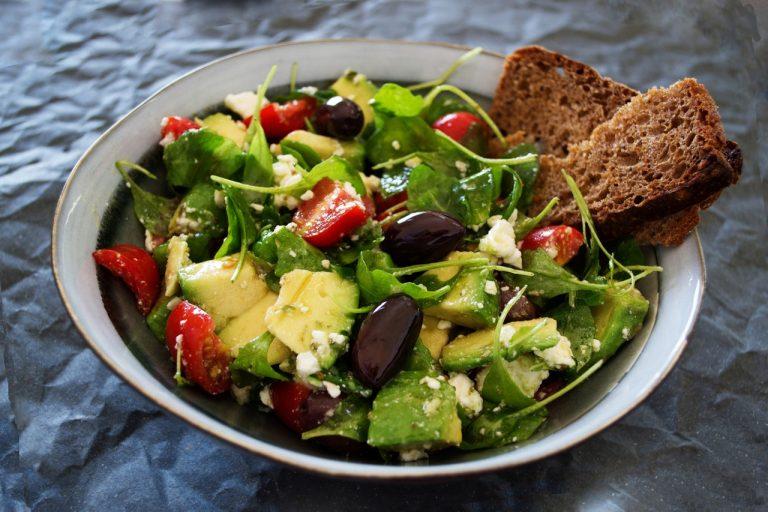 appetizer-arugula-avocado-1213710
